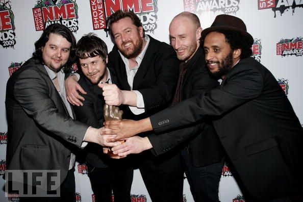 Elbow at the 2009 NME Awards - picture courtesy of Life.com